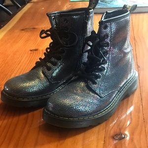 ✨Pristine✨ Girls Iridescent Doc Marten's Boots